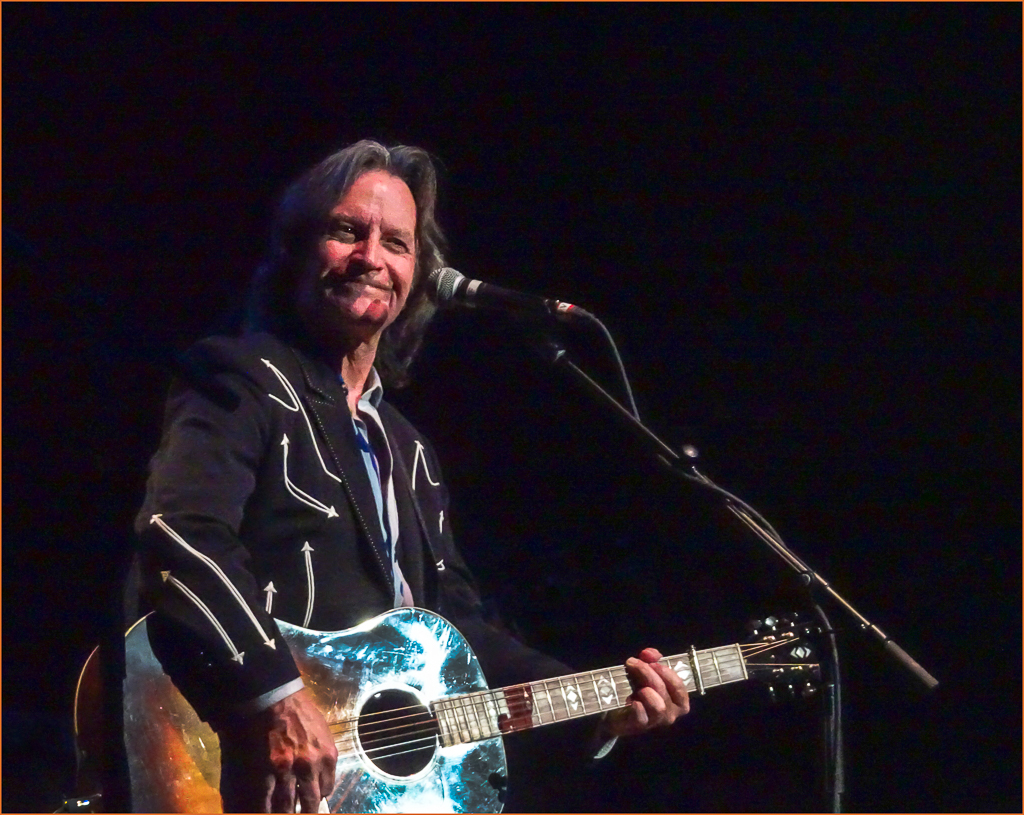 Nitty Gritty Dirt Band @ The Paramount - Cowgirl Camera